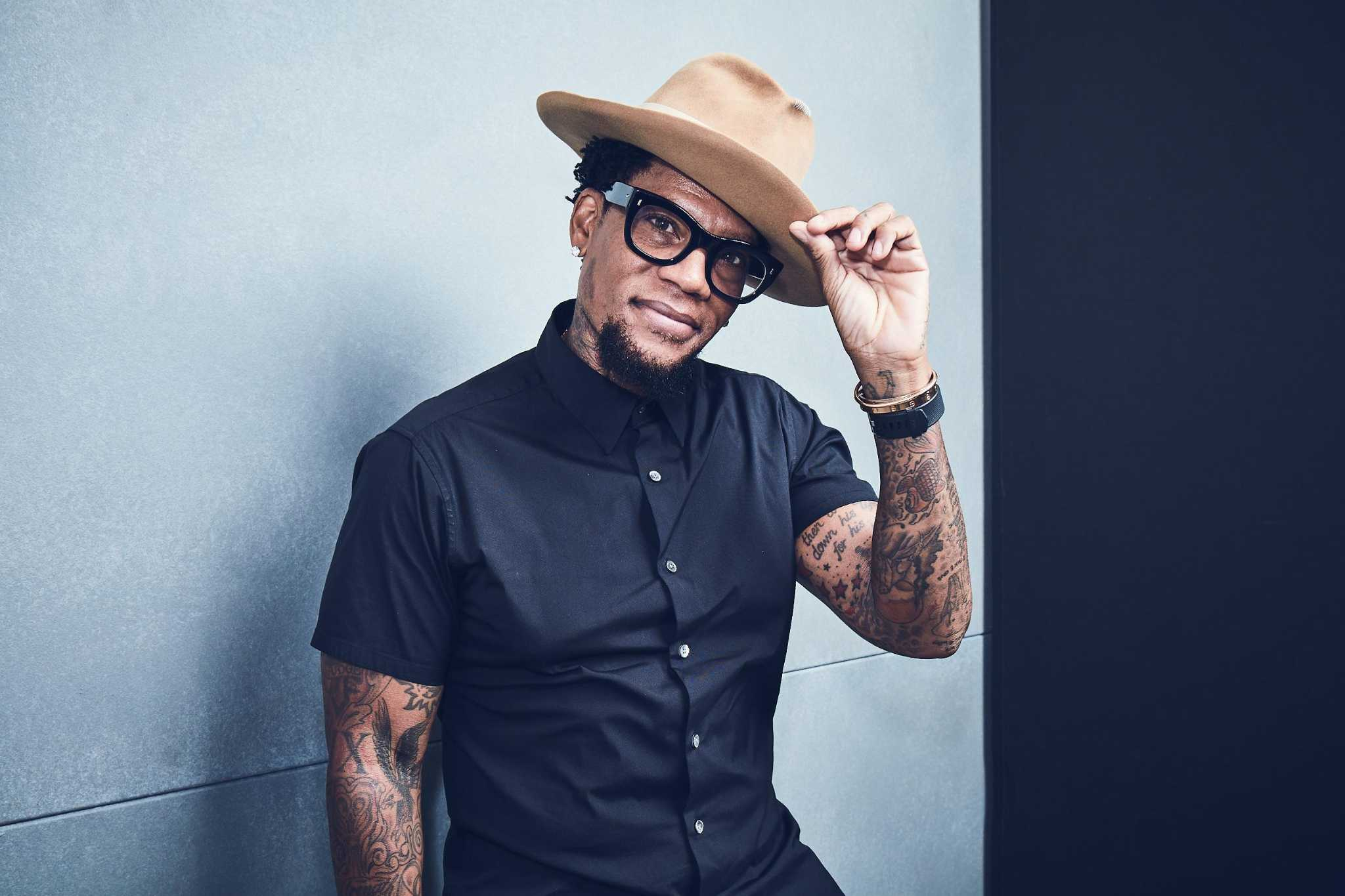 The Go List: D.L. Hughley, Saint Arnold Hawaiian Heights Pub Crawl