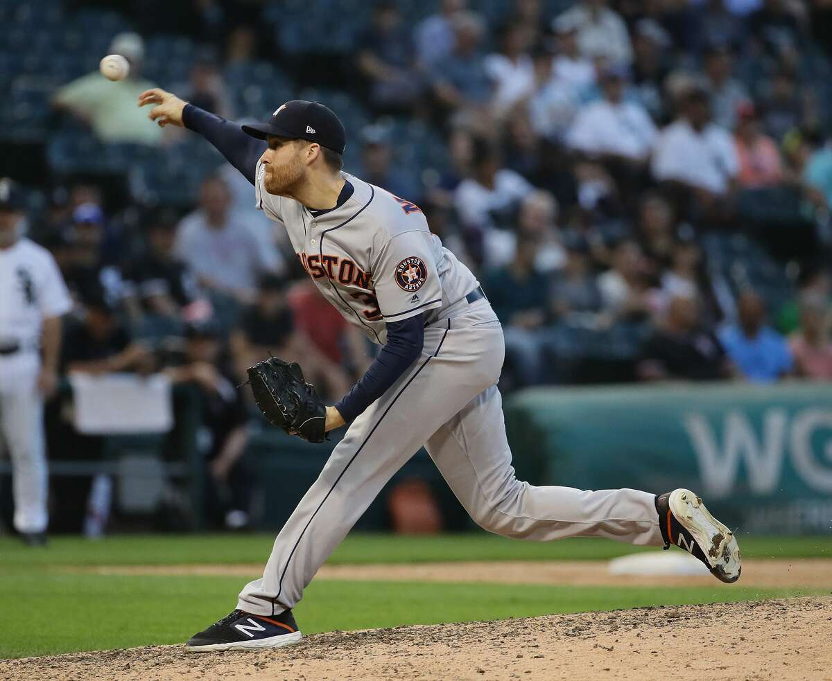 CHICAGO, ILLINOIS - AUGUST 13: Collin McHugh #31 of the Houston Astros pitches the 9th inning against the Chicago White Sox at Guaranteed Rate Field on August 13, 2019 in Chicago, Illinois. The Astros defeated the White Sox 6-2. (Photo by Jonathan Daniel/Getty Images)