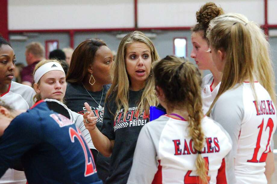 Dawson volleyball coach Lauren Leth would like to have consistently strong competition throughout the season in the new UIL realignment. Photo: Kirk Sides / Staff Photographer / © 2019 Kirk Sides / Houston Chronicle