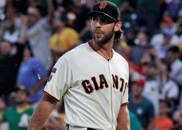 Hamels chooses Braves after Giants check in — Bumgarner next to sign?