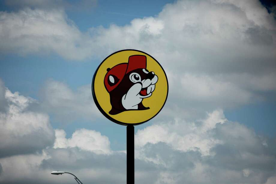 A sign for a Buc-ee's convenience store in Terrell, Texas, on July 13, 2019. Photo: Photo For The Washington Post By Allison V. Smith / Allison V. Smith