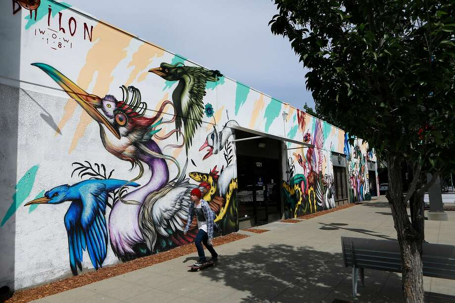 """Mural by Mateus Bailon is part of the art project """"Wide Open Walls"""" in downtown Sacramento, Ca., on Mon. August 5, 2019. This piece is at 1225 R St. Photo: Michael Macor / Special To The Chronicle"""