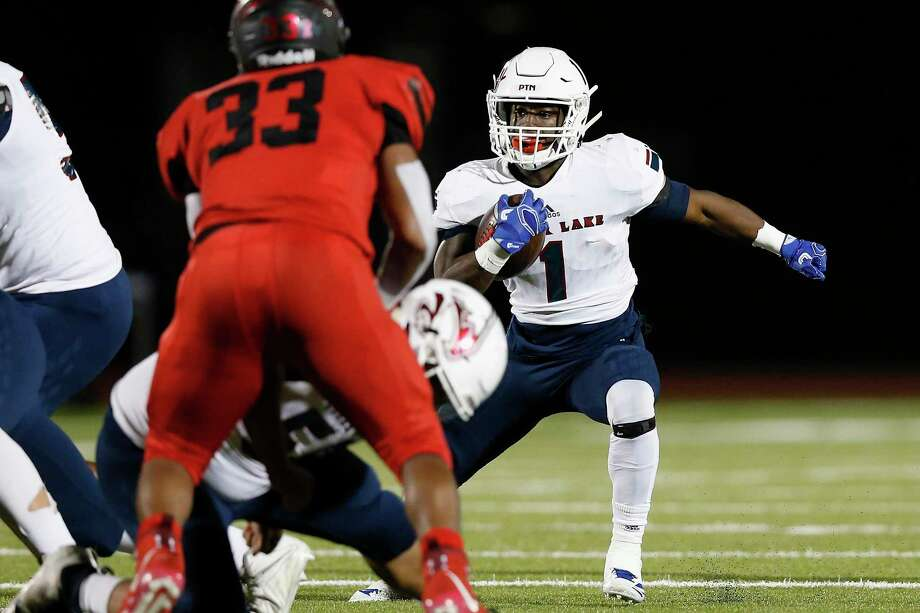 Clear Lake running back Brendon Holmes should be an instrumental part of the Falcon offense this fall. Photo: Tim Warner, Houston Chronicle / Contributor / ©Houston Chronicle