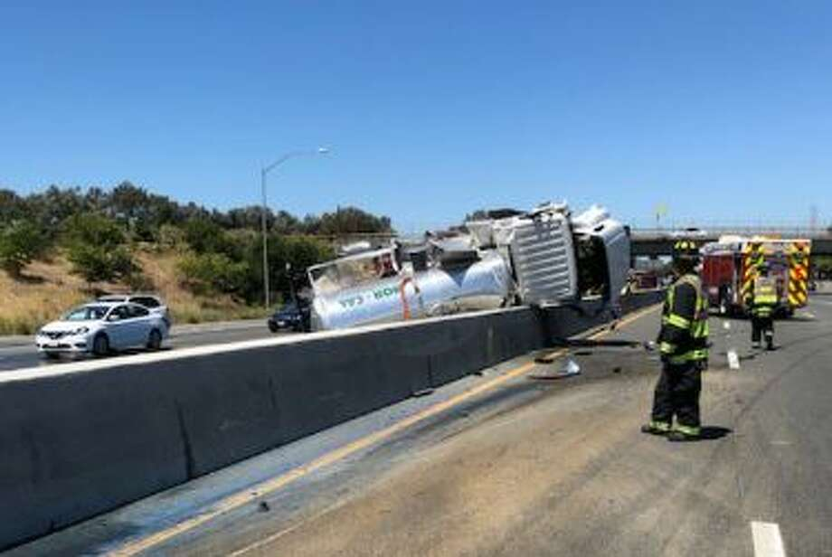 A major South Bay traffic backup built Wednesday, August 14th after a southbound big-rig crash created a sewage spill on 101. Photo: CHP
