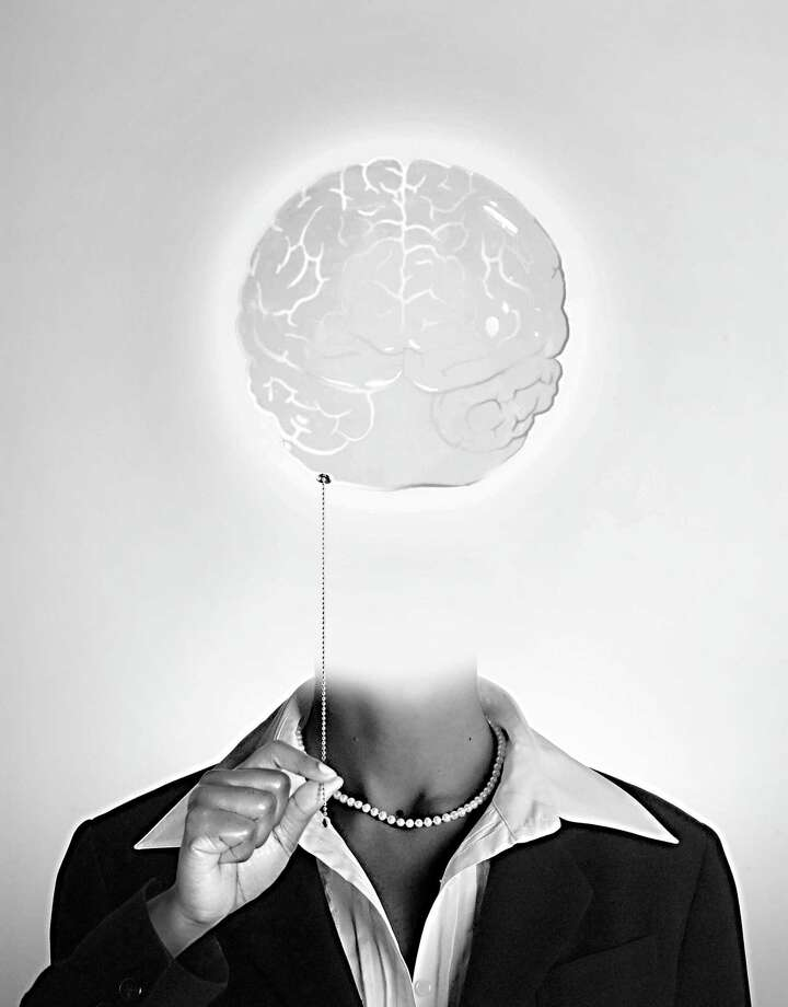 300 dpi Jason H. Whitley color photo illustration of woman turning the light on in her brain - thinking for yourself is the biggest trend of the new year. The Charlotte Observer 2006 KEYWORDS: 2007trends 2007 trends think thinker brain thinking for yourself idea learning learn education understand perception ideaphoria imagination woman women pearls pearl necklace workplace mind mental health sad depression antioxidents vitamins clear bright illuminate graduate masters degree promotion creativity light bulb focus group, krtlifestyle lifestyle, krt, mctillustration, aspecto aspectos cabeza cerebro entender educacion oficina luz pensar piensa pensado pensador tendencia mujer illustration ilustracion iluminacion grabado, krtdiversity diversity, woman women, 2006, krt2006,ch contributor coddington whitley simmons mct mct2006 Photo: Jason H. Whitley / MCT / Charlotte Observer