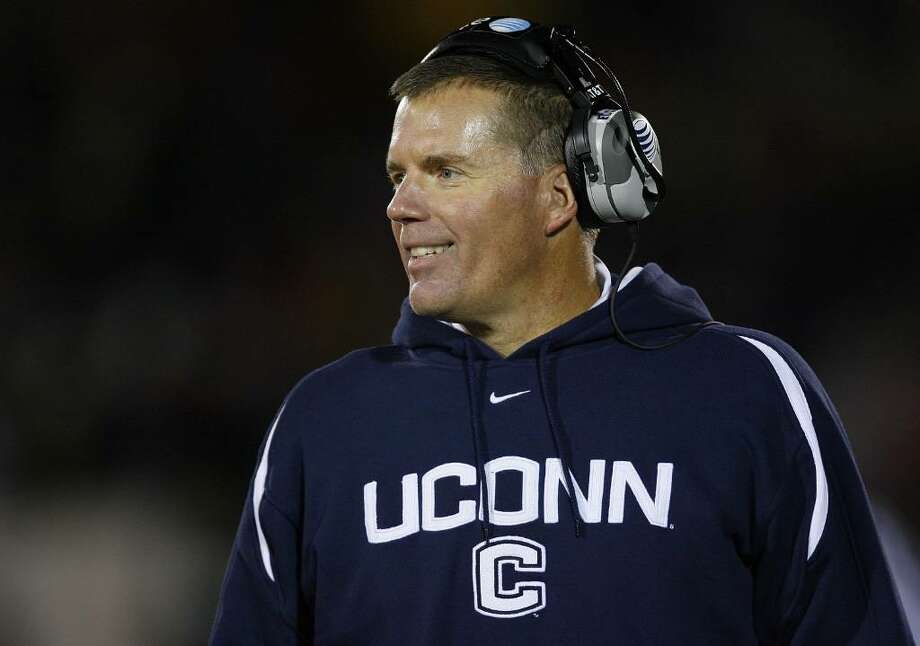 EAST HARTFORD, CT - NOVEMBER 03:  Coach Randy Edsall of the University of Connecticut Huskies watches the action against the Rutgers Scarlet Knights at Rentschler Field on November 3, 2007 in East Hartford, Connecticut.  (Photo by Jim Rogash/Getty Images) Photo: Jim Rogash, Getty Images / 2007 Getty Images