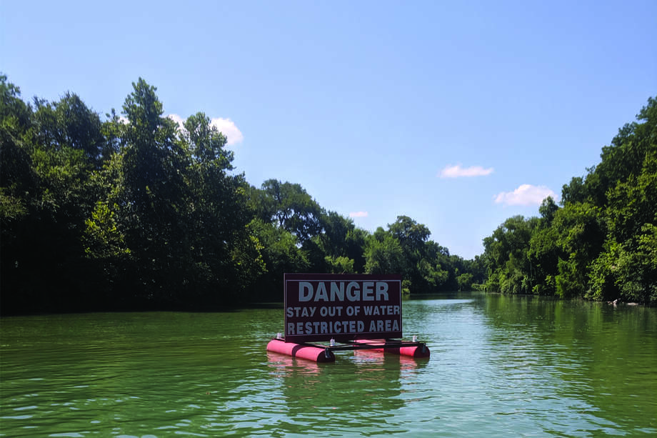 Warning signs at lakes along the Guadalupe River are frequently disregarded, according to the Guadalupe-Blanco Authority. Photo: GBRA