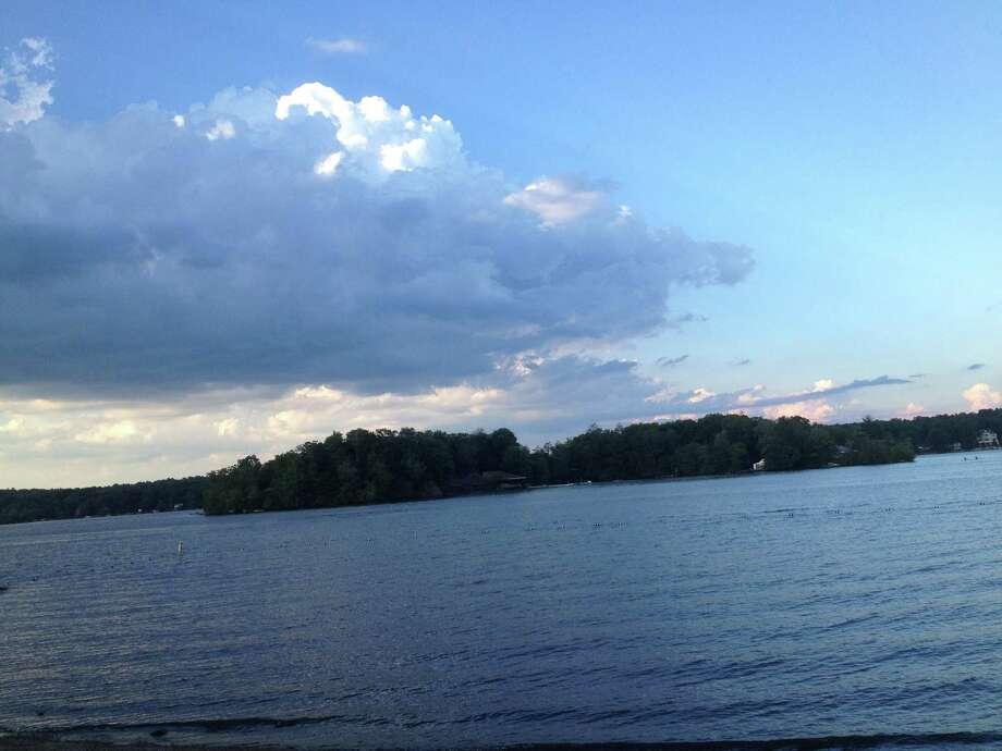 Lake Pocotopaug Photo: Jeff Mill / Hearst Connecticut Media