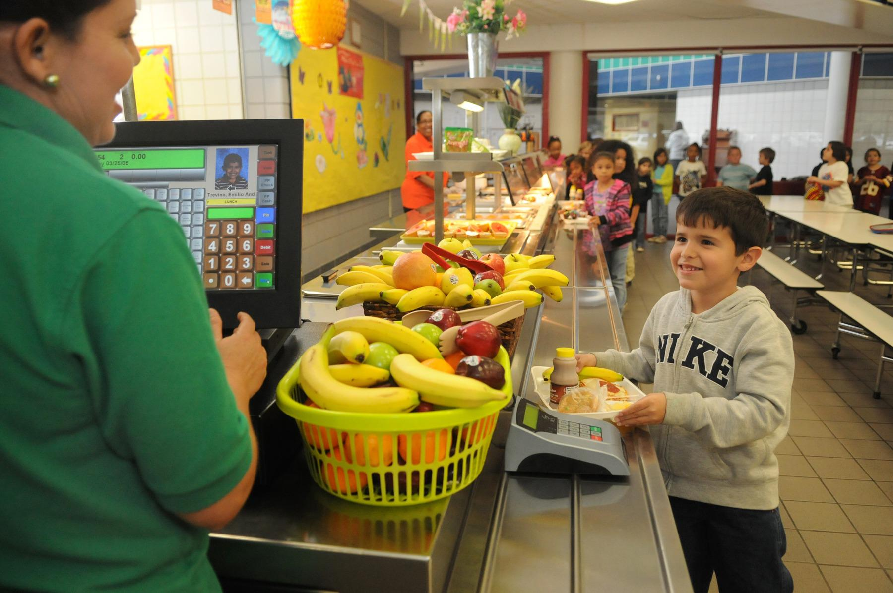 Humble ISD unveils lunch prices for new school year