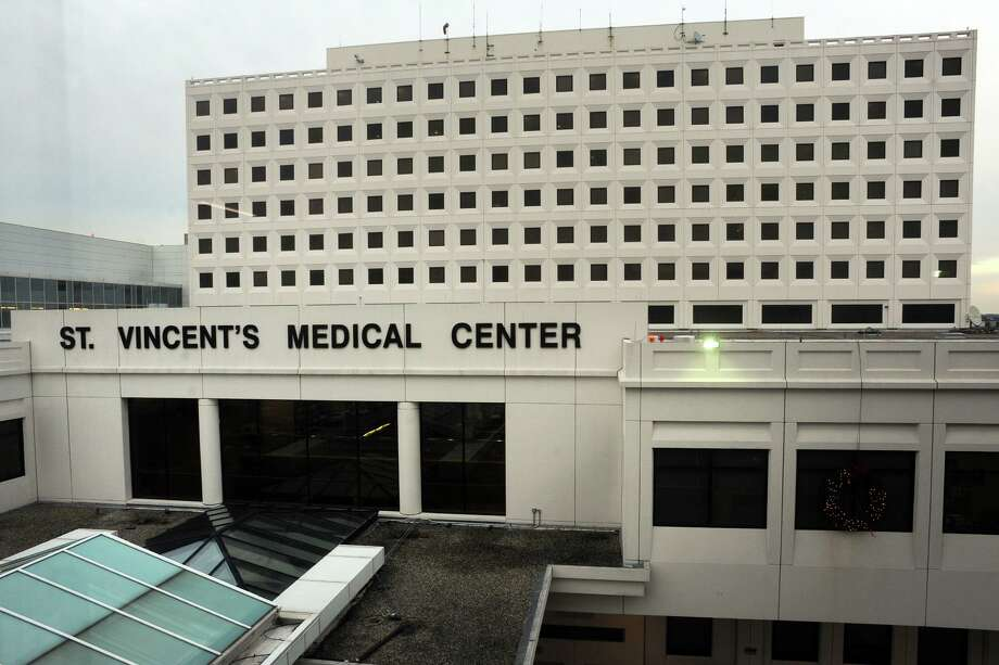 Exterior of St. Vincent's Medical Center, in Bridgeport, Conn. Dec. 12, 2016. Photo: Ned Gerard / Hearst Connecticut Media / Connecticut Post