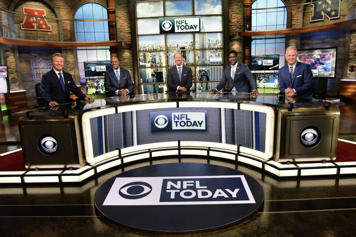 CBS NFLTODAY 2017 PICTURED left: Analyst Phil Simms; Host James Brown; Analysts Bill Cowher, Nate Burleson and Boomer Esiason. Photo: John Paul Filo/CBS c.2017 CBS Broadcasting Inc. All Rights Reserved.