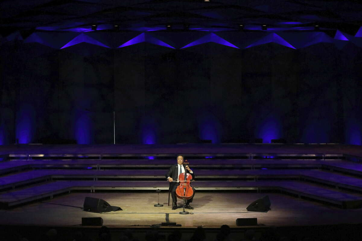 Yo-Yo Ma played all six of Bach's Cello Suites to a sold-out Shed crowd with no intermission (photo: Hilary Scott)