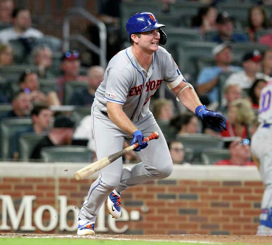 New York Mets Pete Alonzo singles in two runs against the Atlanta Braves during the fifth inning of a baseball game Thursday, Aug. 15, 2019, in Atlanta. (AP Photo/Tami Chappell) Photo: Tami Chappell / Copyright 2019 The Associated Press. All rights reserved