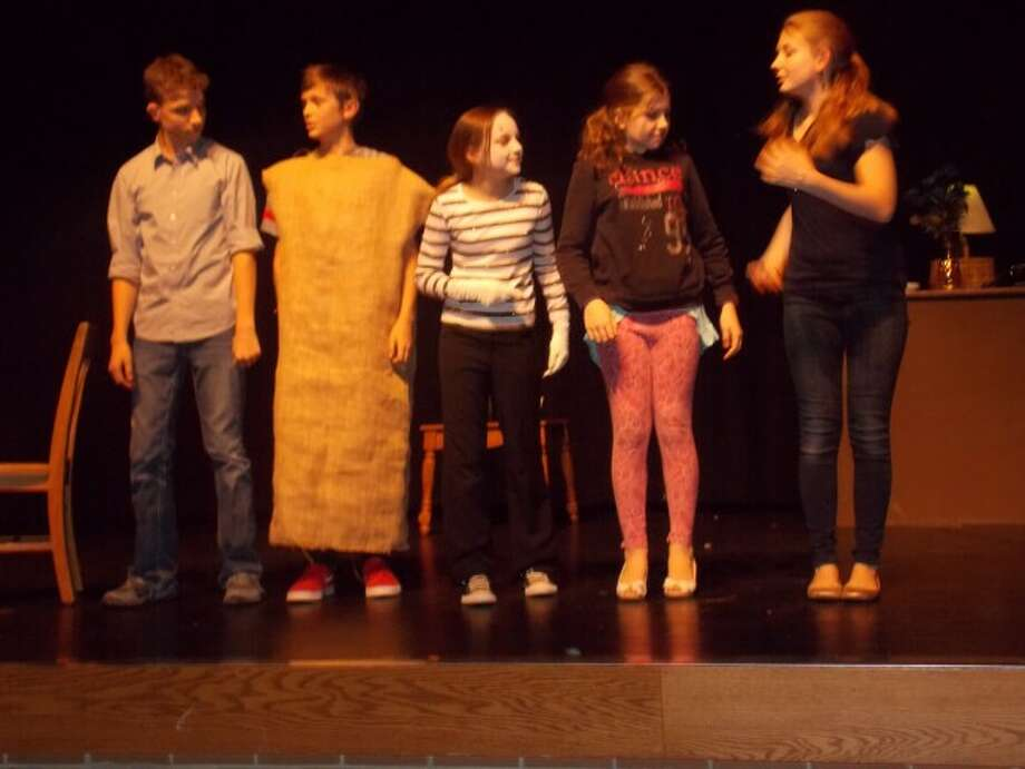 COMEDY TROOP: The cast of the Frankfort Junior High School play take the stage to be recognized. From left to right is Kyle Plesha, Seth Darling, Nora Pasche, Recia Wilkinson and Bella Robison. (Courtesy photos)