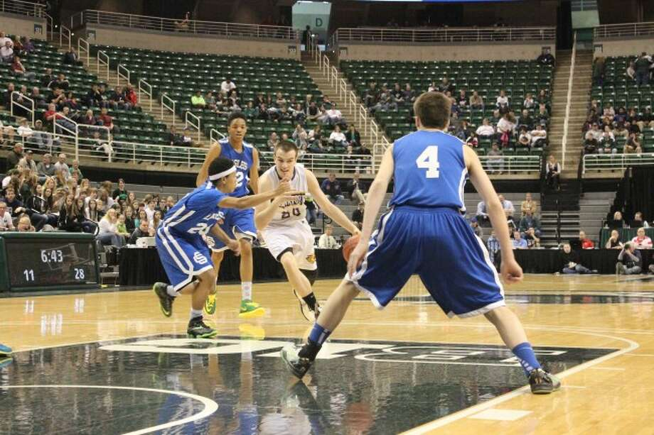 ALL-STATE PLAYER: Frankfort junior David Loney led the Panthers in their final game of the season with 32 points. Loney was a big part of the team that reached the state final four for the first time since 1969.