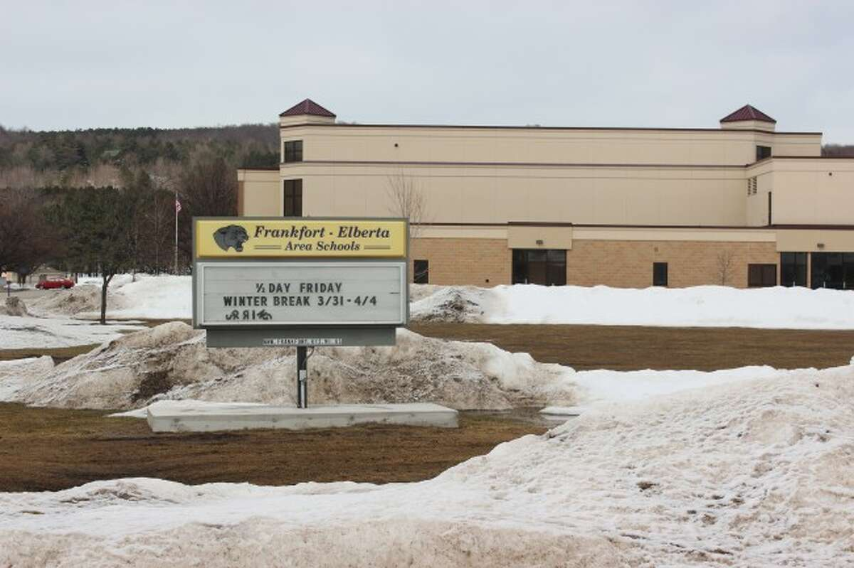 'WINTER' BREAK: As students leave for Spring Break, the snow and winter weather makes it feel more like Winter Break. The sign at Frankfort High School agrees. (Photo/Bryan Warrick)