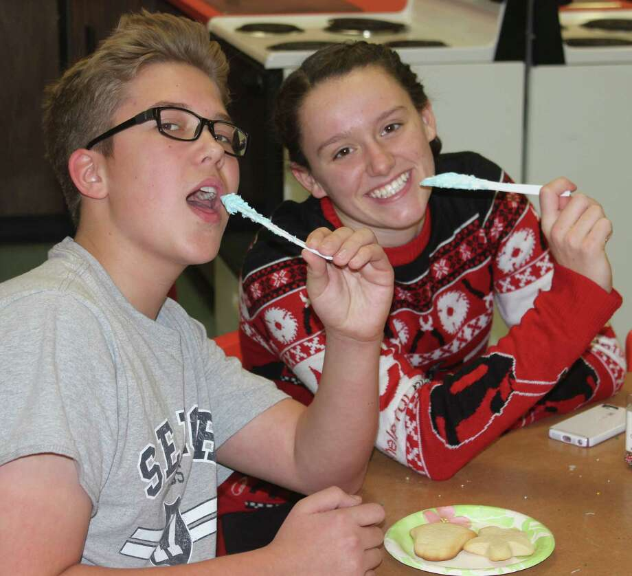 THE SWEETEST ROOM: Matteo Nerlich and Abby Bretzke enjoy the cookie decorating station.