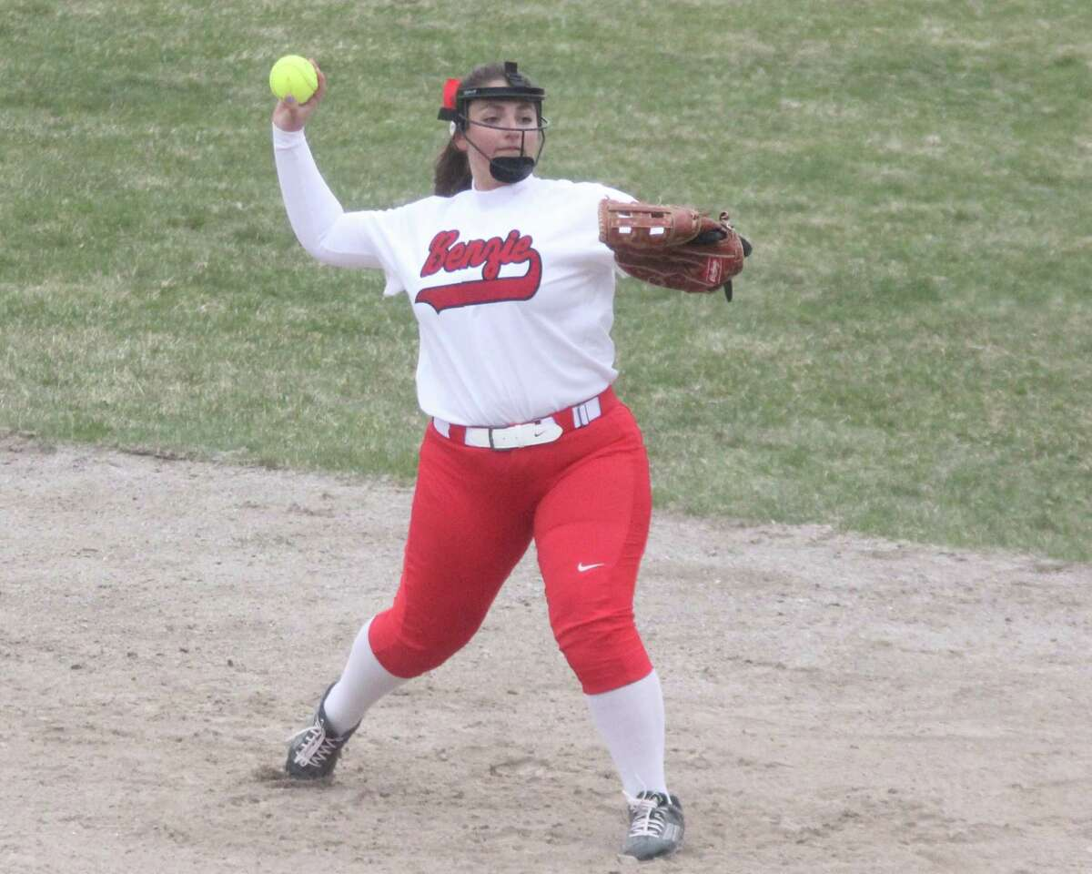 Ally Johnston throws to first base for the putout, after filling in at second base for an injured Morgan Noffsinger. (Photo/Robert Myers)