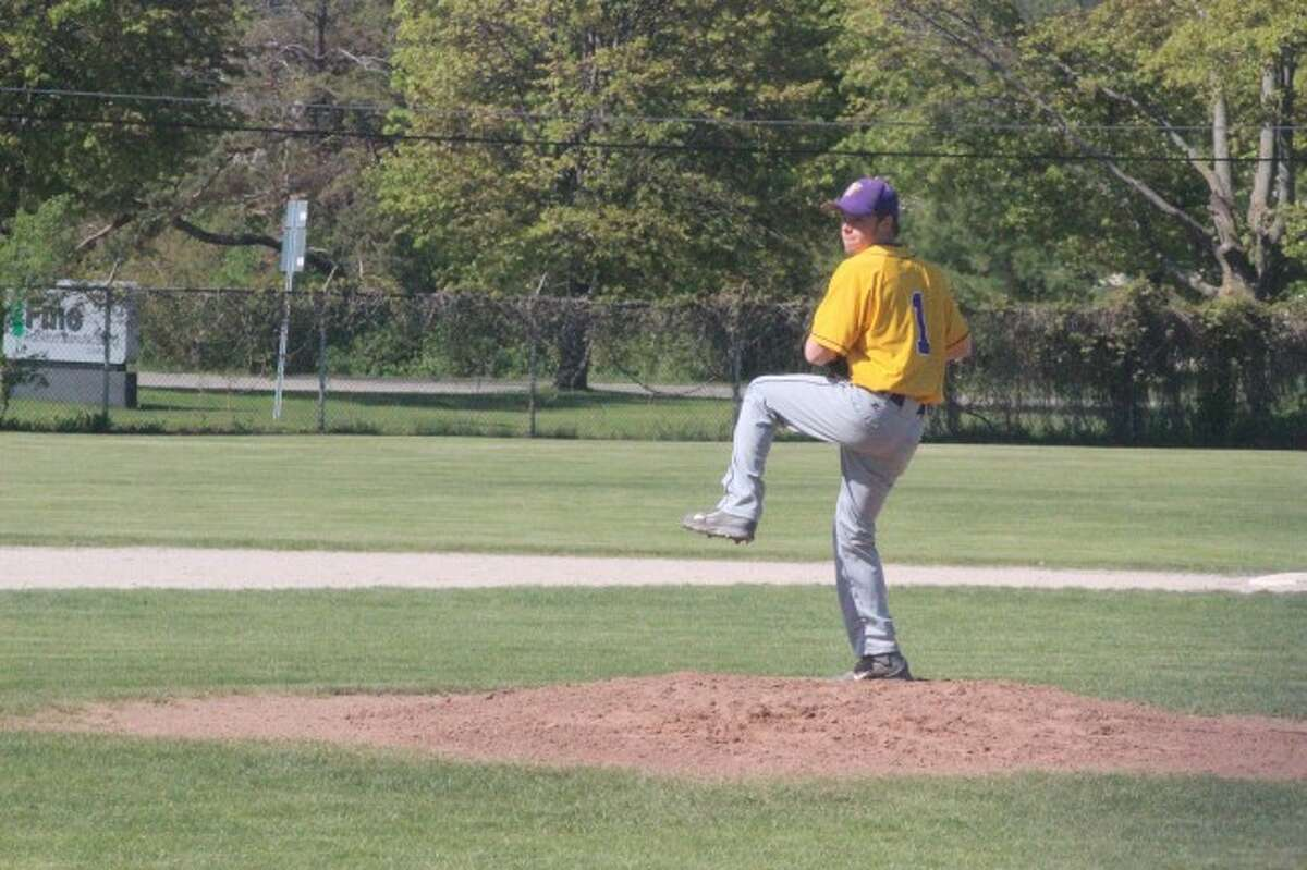ACE ON THE MOUND: Frankfort junior RJ Kennis is one of several star players on the Panther varsity baseball who will be returning next year. (Photos/Bryan Warrick)