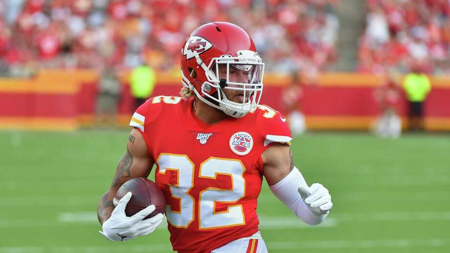 Kansas City Chiefs safety Tyrann Mathieu (32) runs with the ball during the first half of an NFL preseason football game against the Cincinnati Bengals in Kansas City, Mo., Saturday, Aug. 10, 2019. (AP Photo/Ed Zurga) Photo: Ed Zurga, Associated Press / Copyright 2019 The Associated Press. All rights reserved