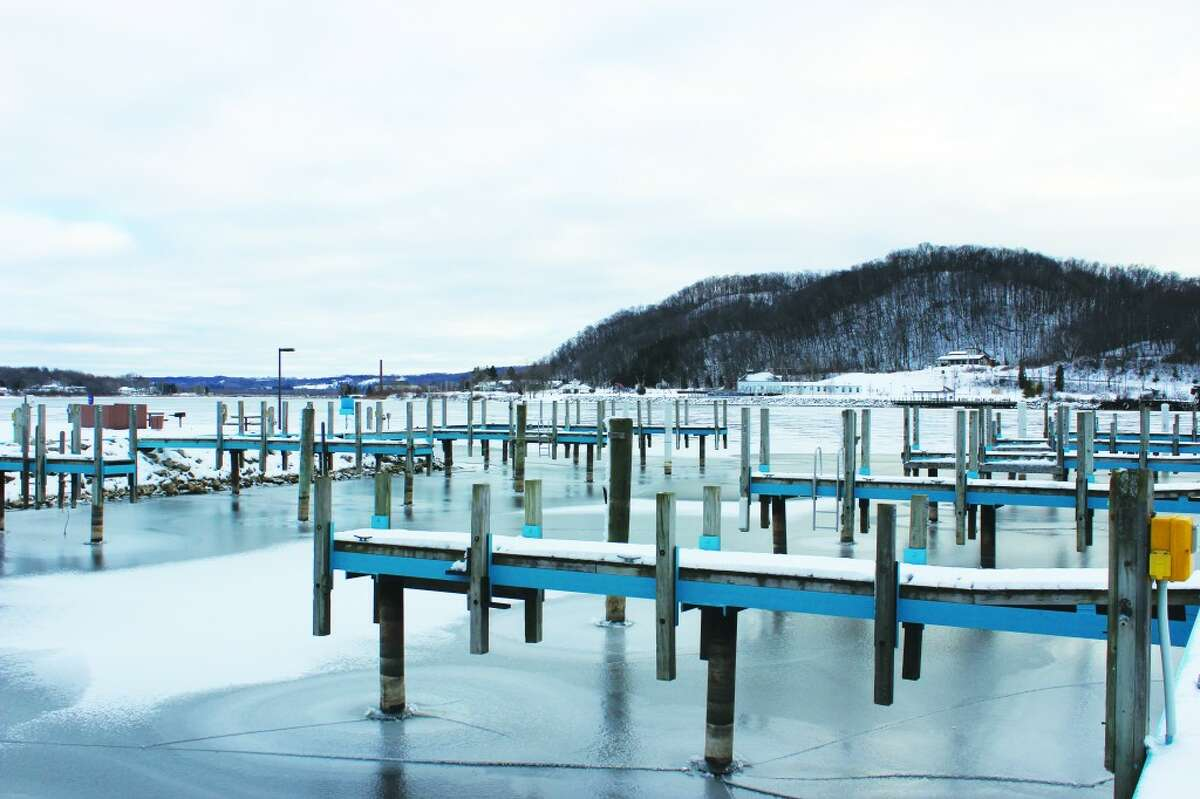 MARINA FUNDING: Among the thing discussed at the last Frankfort City Council meeting of 2012; rates for slips at the municipal marina. Some slips sizes will see an increase as recommended by the Michigan State Waterways Commission. (Photo/Colin Merry)