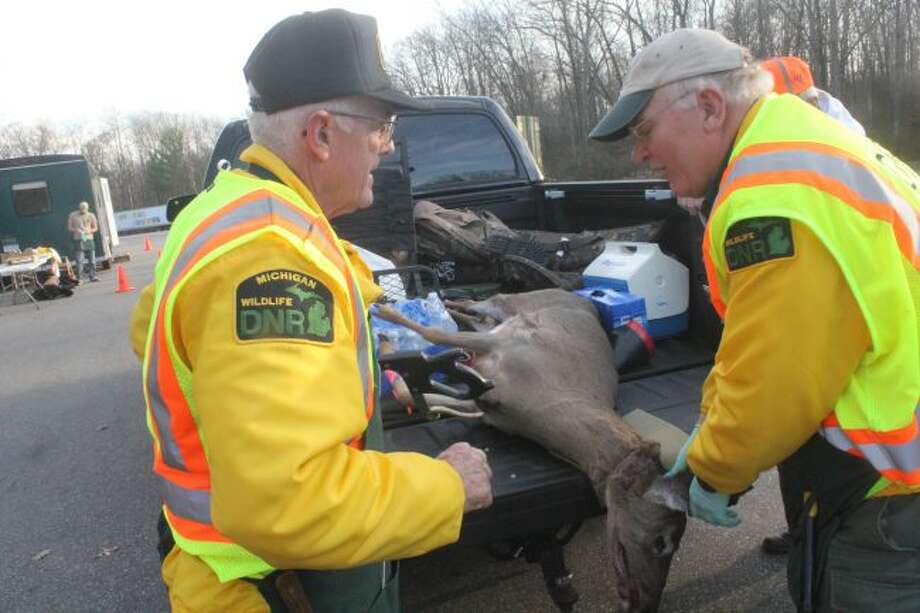 Hunters can now have their deer checked in the Reed City area.