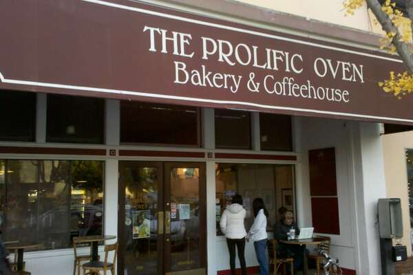 The storefront of Prolific Oven in Palo Alto.