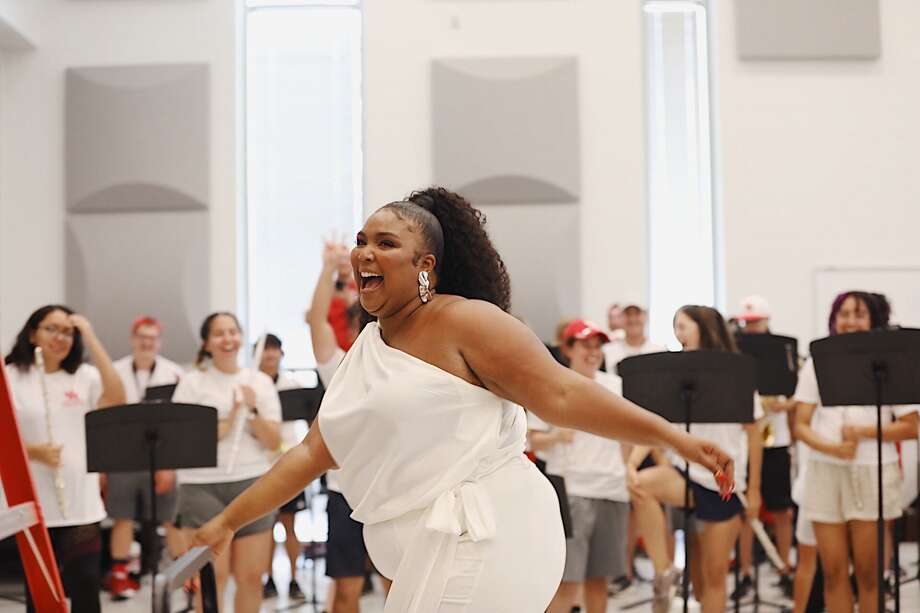 Lizzo visited with the University of Houston Spirit of Houston band. Photo: Annie Brow / Annie Brow
