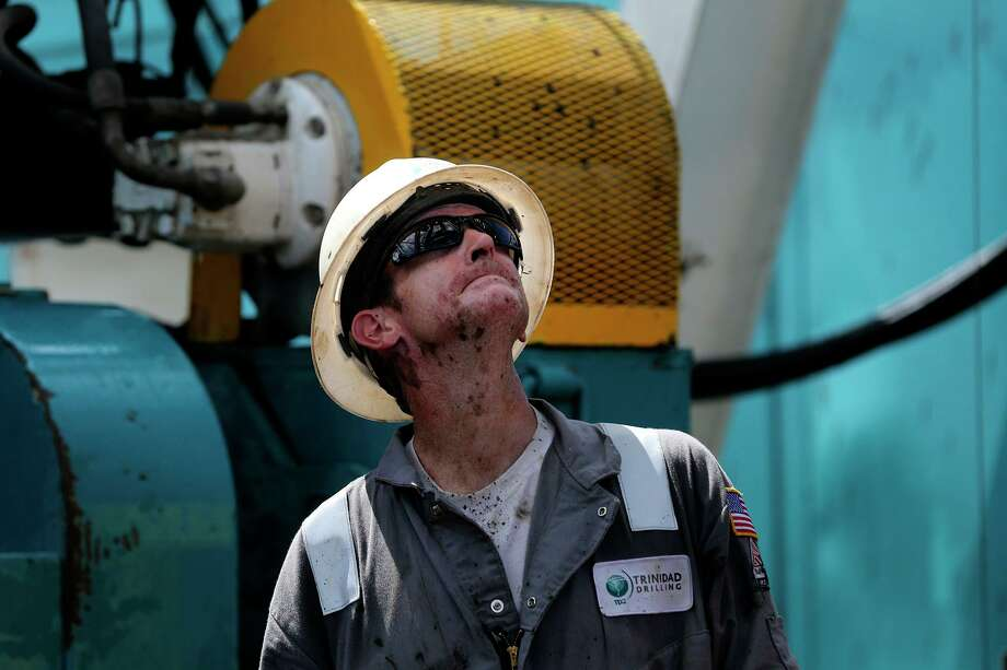 The U.S. energy sector broke another record last year as the shale boom sent natural gas and petroleum production soaring. Photo: John Davenport, Staff / San Antonio Express-News / ©San Antonio Express-News/John Davenport