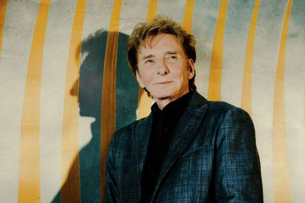 """Barry Manilow in New York, July 25, 2019. Manilow just wanted to write the songs when he started, but the 76-year-old is still singing them, this time on broadway in """"Manilow Broadway,"""" his fifth Broadway run since 1977. (Heather Sten/The New York Times)"""