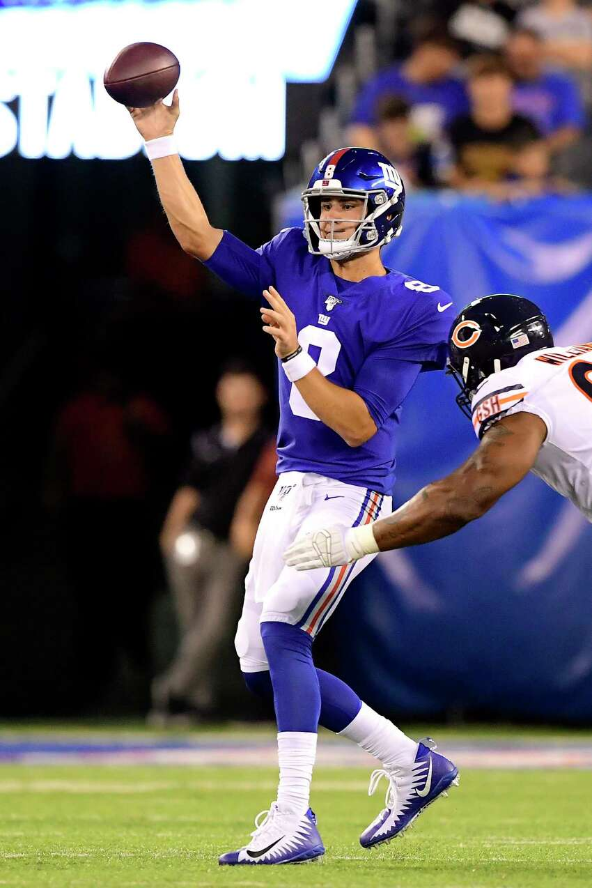 EAST RUTHERFORD, NEW JERSEY - AUGUST 16: Daniel Jones #8 of the New York Giants attempts a pass against the Chicago Bears in the first half during a preseason game at MetLife Stadium on August 16, 2019 in East Rutherford, New Jersey. (Photo by Steven Ryan/Getty Images)
