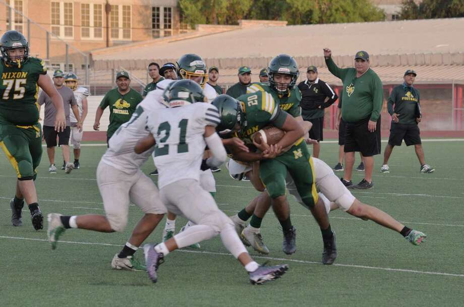 Pablo Tovar rushed 12 times for 91 yards and a pair of touchdowns Friday as Nixon outscored Crystal City 21-7 in a scrimmage at Shirley Field. Photo: Christian Alejandro Ocampo / Laredo Morning Times / Laredo Morning Times