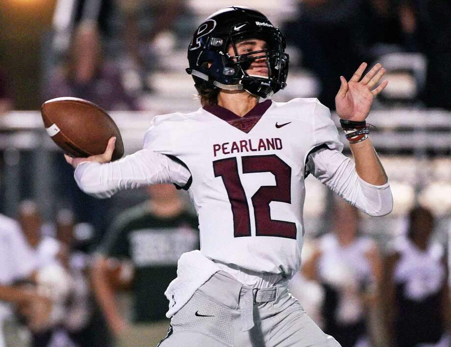 Pearland quarterback J.D. Head should be one of the premier quarterbacks in the Greater Houston area this fall. Photo: Eric Christian Smith, Contributor / Contributor