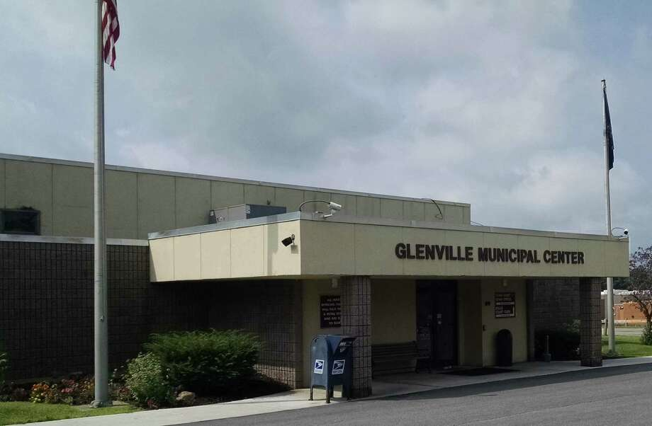 Glenville Municipal Center, located on Glen Ridge Road, as seen Aug. 17, 2019 Photo: Tim Blydenburgh / Times Union