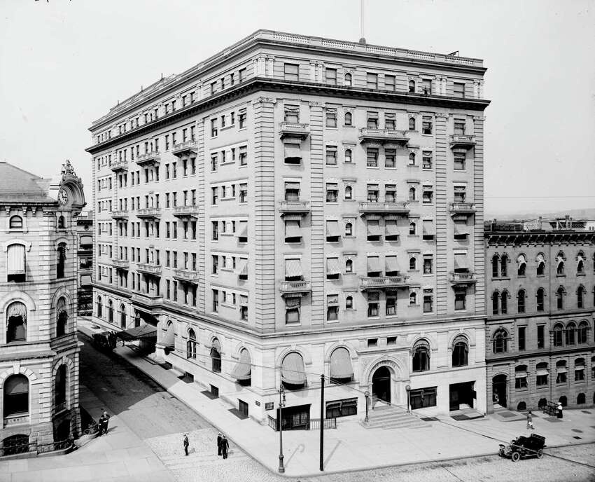 The Ten Eyck Hotel on State Street, 1908, Albany, N.Y. (Library of Congress, Detroit Publishing Company)