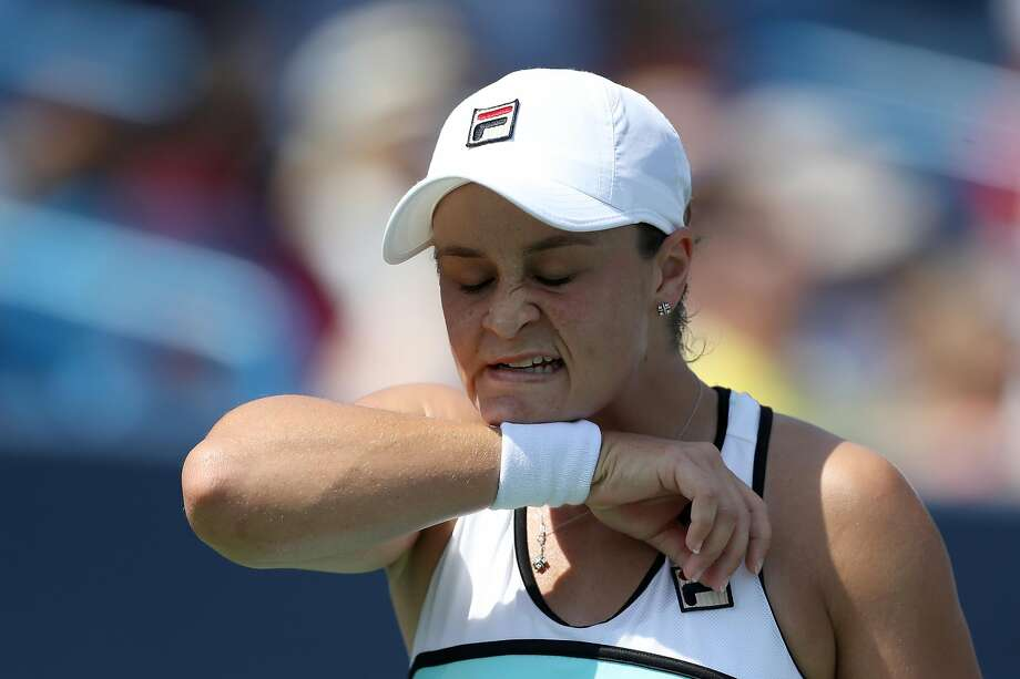 Ashleigh Barty had a chance to regain the No. 1 ranking, but lost a semifinal of the Western and Southern Open. Photo: Rob Carr / Getty Images