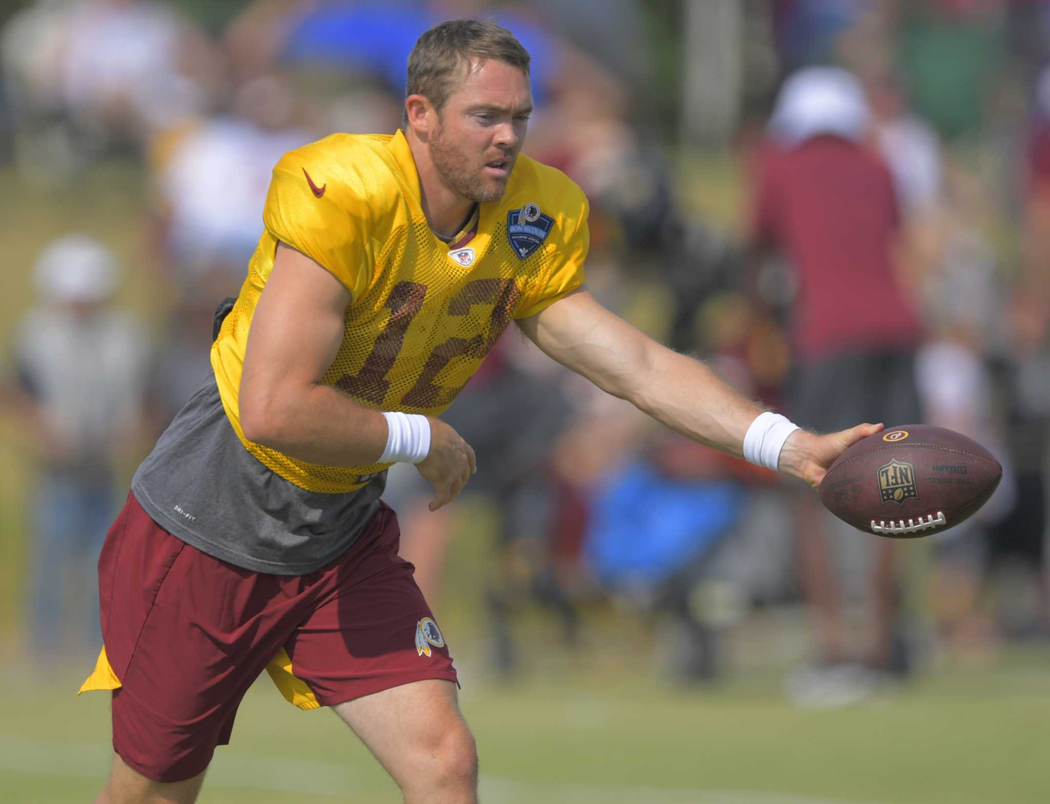 Colt McCoy's leg still isn't right and it might have cost him a chance to win Redskins QB job