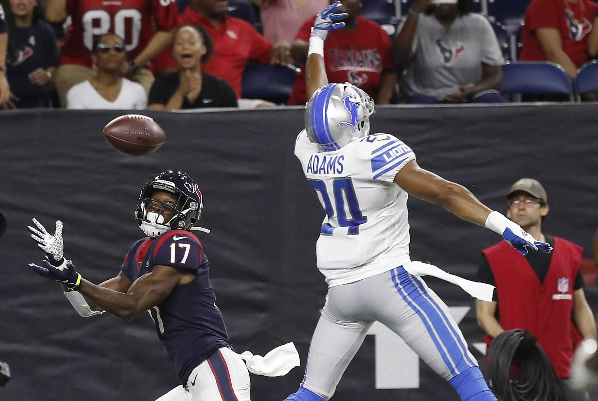 Vyncint Smith, DeAndre Carter trying to solidify Texans roster spots