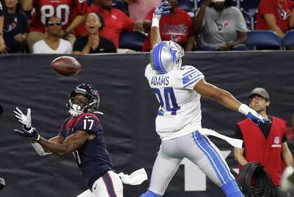 b37f9ab2 Vyncint Smith, DeAndre Carter trying to solidify Texans roster spots ...