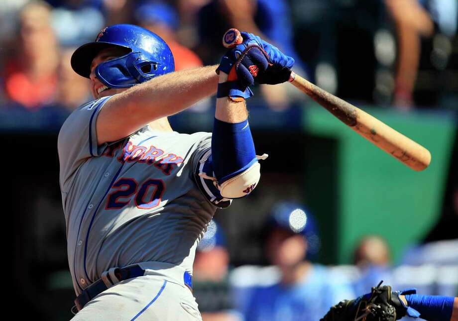 New York Mets' Pete Alonso hits a solo home run off Kansas City Royals relief pitcher Jacob Barnes during the ninth inning of a baseball game at Kauffman Stadium in Kansas City, Mo., Sunday, Aug. 18, 2019. (AP Photo/Orlin Wagner) Photo: Orlin Wagner / Copyright 2019 The Associated Press. All rights reserved