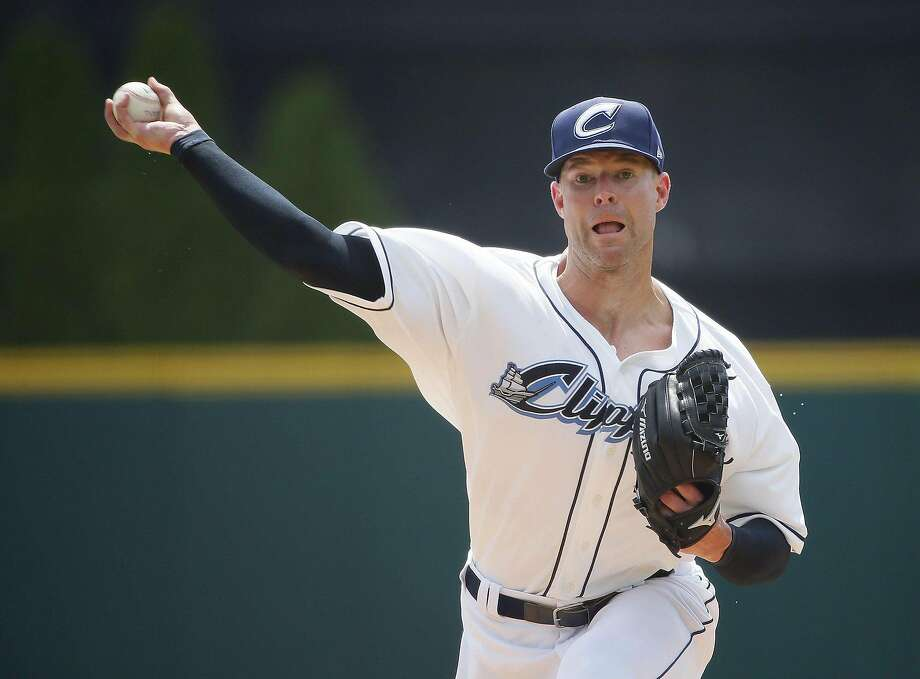 Corey Kluber pitches for the Columbuis Clippers ina rehab outing Aug. 8. Photo: Adam Cairns / Columbus Dispatch/TNS