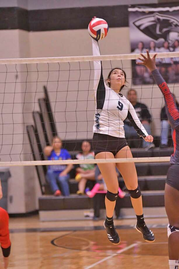 Ashley Monez and United South plays Flour Bluff at 6 p.m. Monday. Photo: Hector Guerra /United South Athletic Department