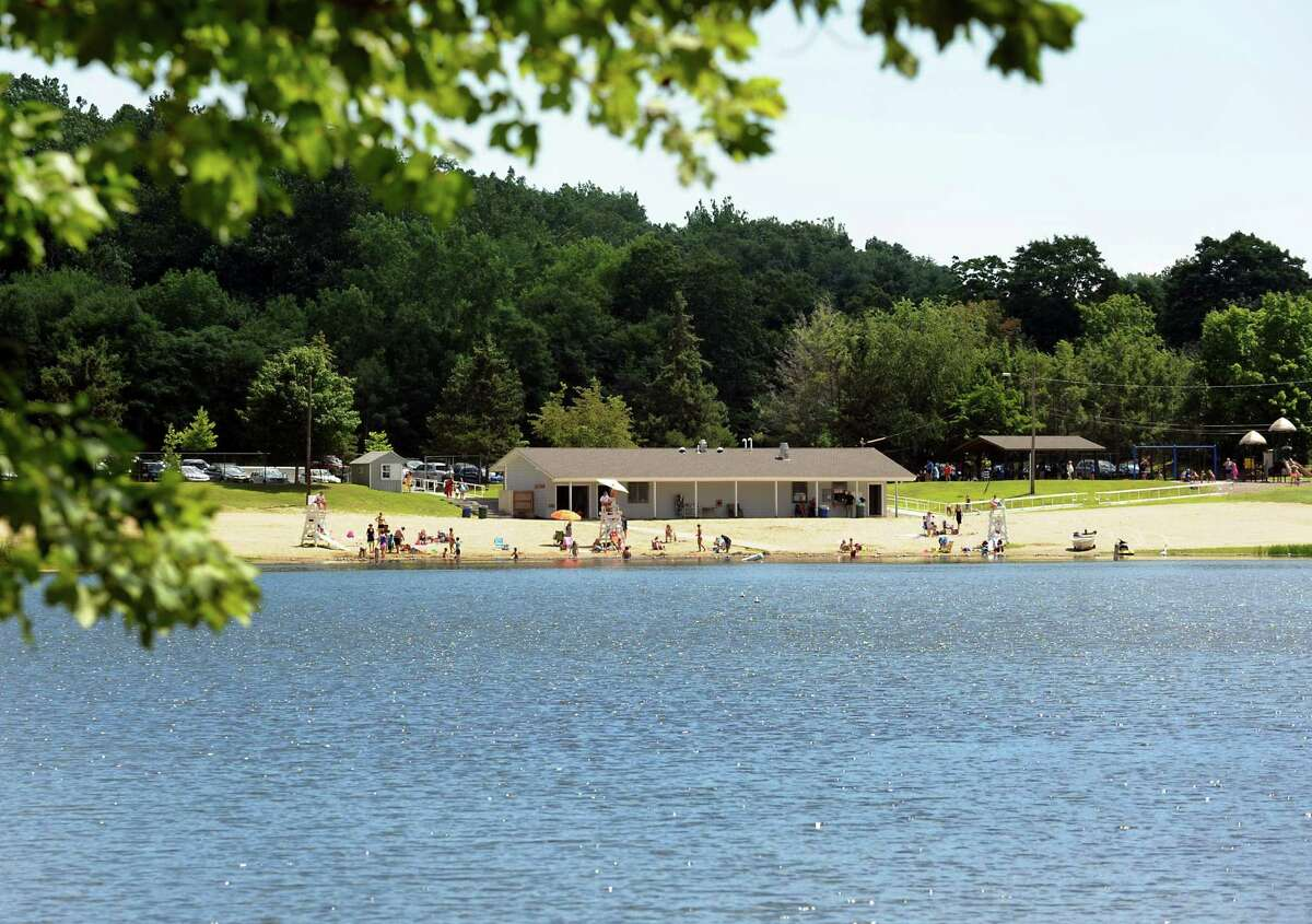 A swimmer who firefighters rescued at Lake Mohegan on Sunday, Aug. 18, 2019 has died, fire officials say. The man, believed to be 34, was rescued by members of the dive team who found him underwater at Lake Mohegan at 7:20 p.m.. He was unresponsive and life saving methods were performed by American Medical Response technicians.