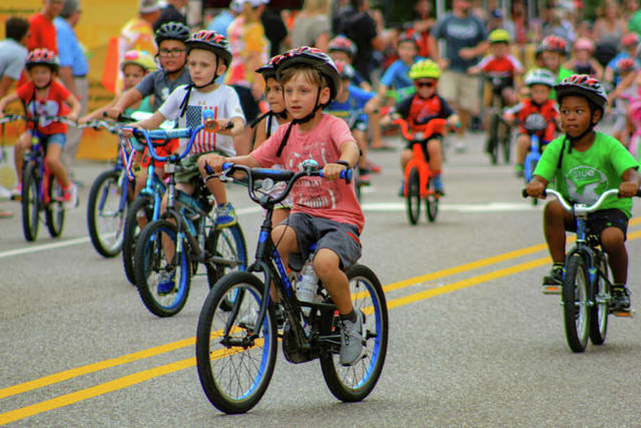 The 10th anniversary Rotary Criterium Festival in downtown Edwardsville. The family-friendly event was sponsored by TheBANK of Edwardsville >>> Busey Bank. Photo: Andrew Malo | For The Intelligencer