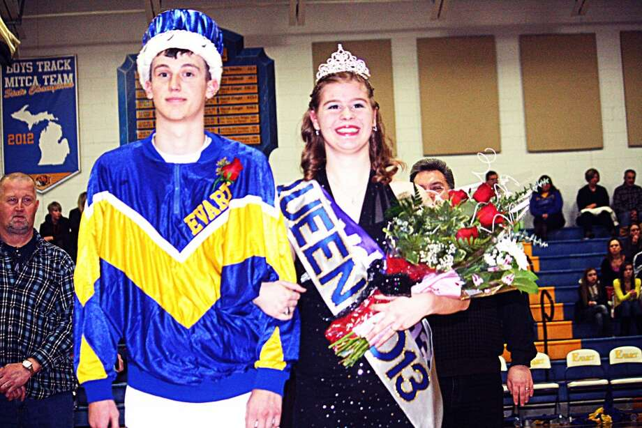 CROWNED: Jon Hooker and Lydia Wetters were crowned king and queen last Friday night during Evart snowcoming festivities at halftime of the Wildcat-Marion boys basketball game. (Herald Review photo/John Raffel)