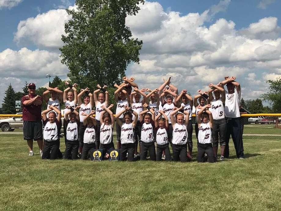 The Michigan Expos 10U and 12U teams.