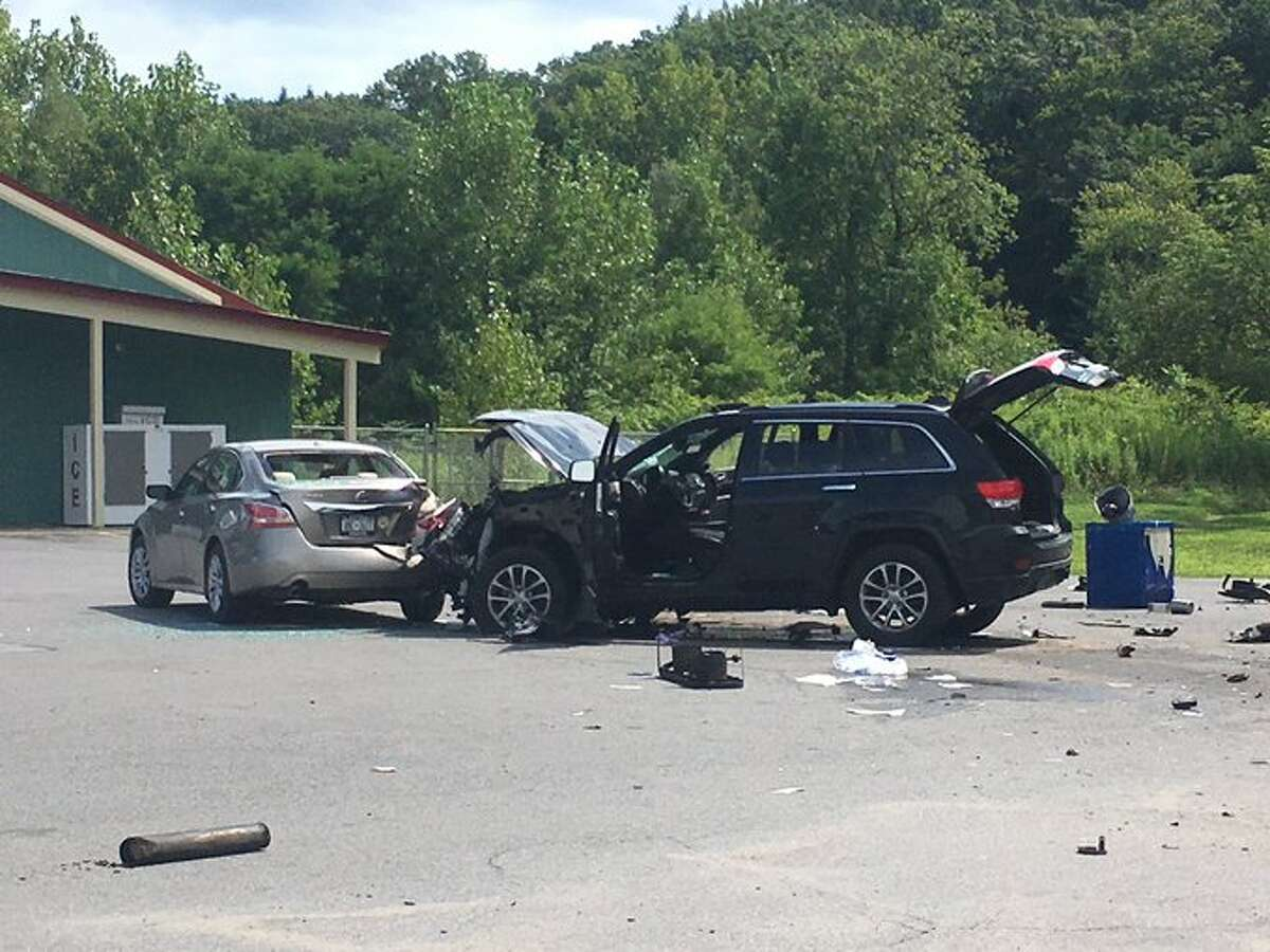 5 hospitalized in Saratoga Springs after SUV hits hot dog cart