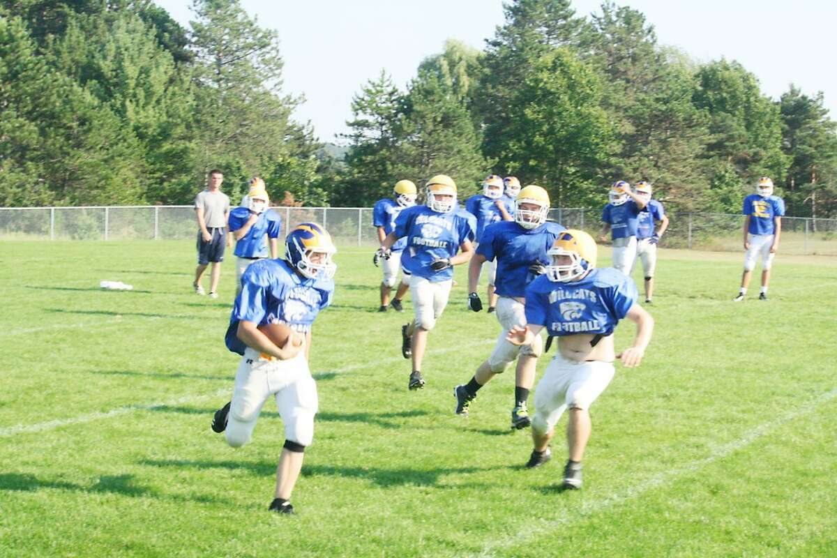 Evart's football team is practicing this week for a trip to Marion Friday night. (File photo)