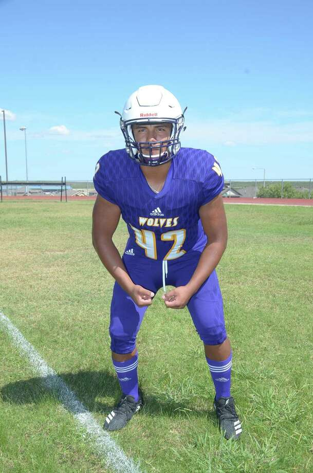 LBJ linebacker Cristian Ramos was named honorable mention All-State after leading the Wolves with 85 tackles in his junior season. Photo: Cuate Santos / Laredo Morning Times File