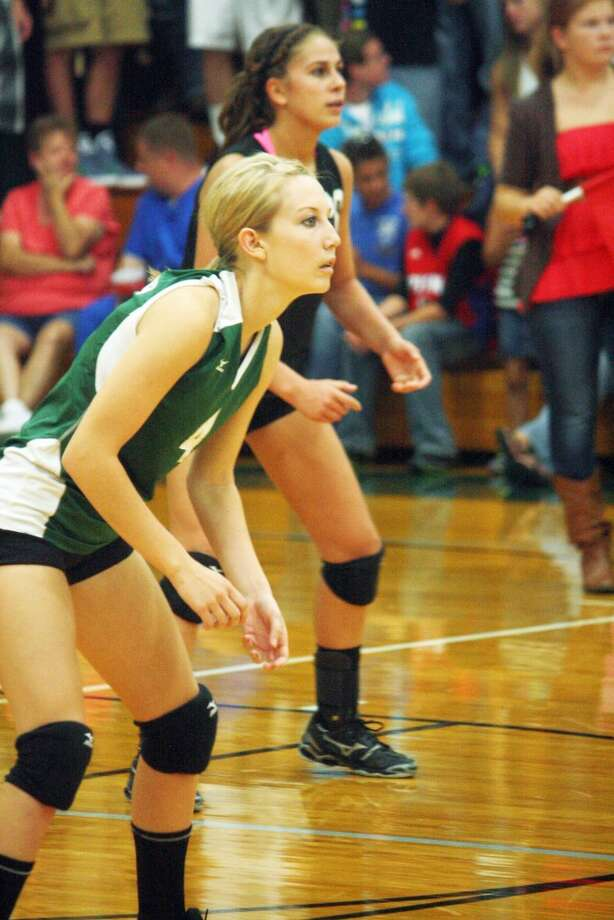 PLAYING SOLID DEFENSE: Pine River's Christie Nelson gets ready to make a play. (Herald Review photo/John Raffel)
